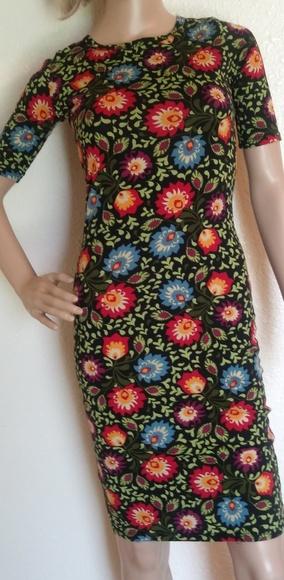 LuLaRoe Dresses & Skirts - LuLaroe womens xxs Floral Dress